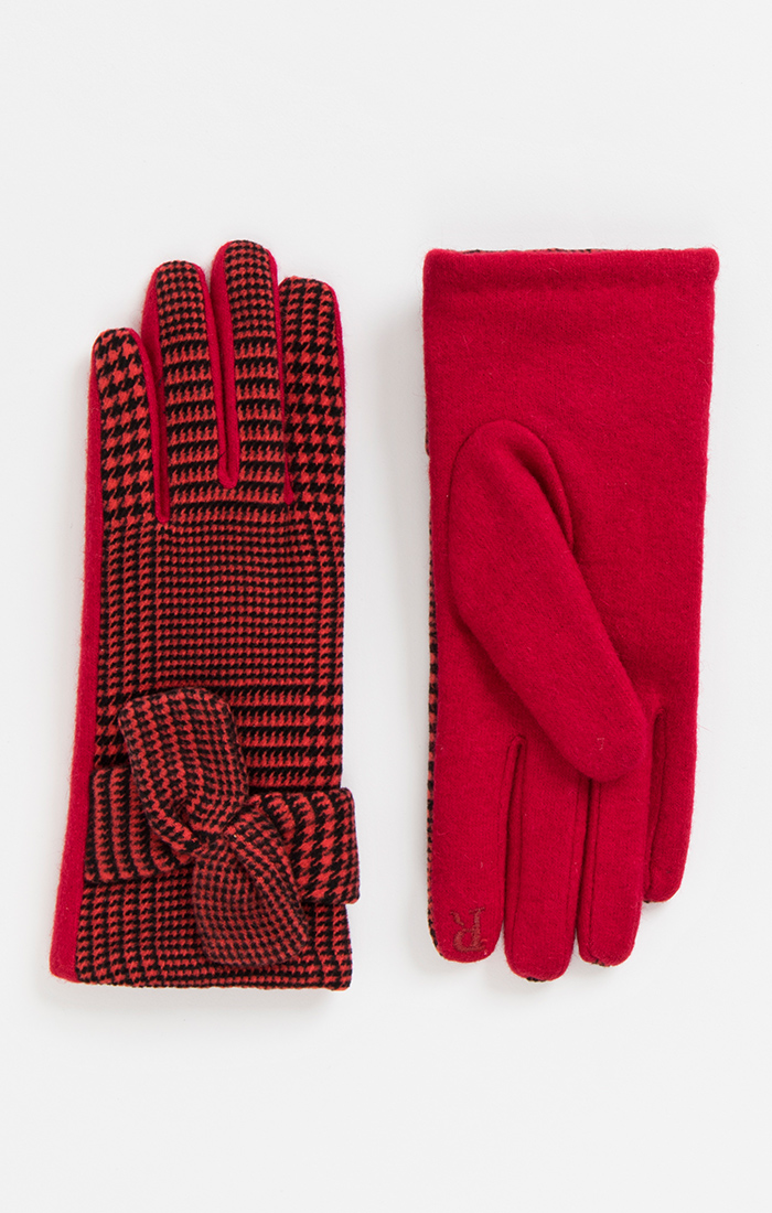 Red and Black Check Gloves